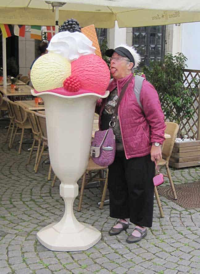 Rhoda In The Rhineland, Licking A Life-size Ice Cream Sundae